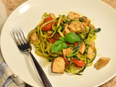 "Zucchini ""Pasta"" with Chicken, White Wine, & Tomatoes"