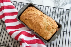 Old fashioned irish soda bread