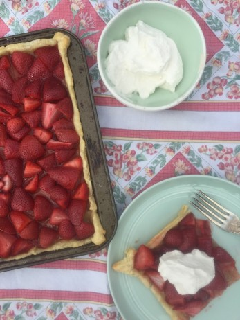 Shortcut Strawberry Tart adapted from Pop Sugar
