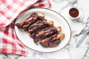 easy slow-baked boneless bbq short ribs 1